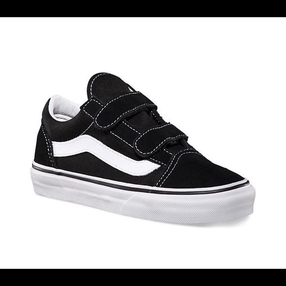 huge discount 3ce19 807b2 Vans Old Skool Vans off the wall black w/ Velcro. M_5b09a7a8a4c485811c4985f8